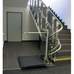 Plateforme OBLIK pour escalier tournant